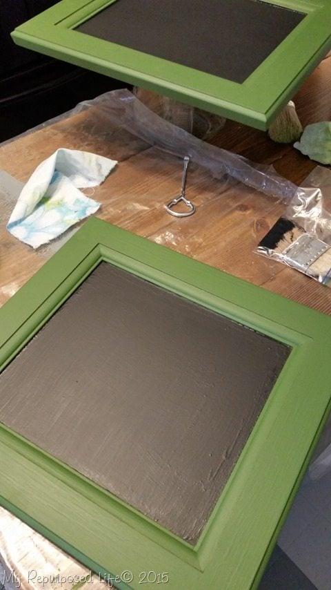 chalkboard-paint-small-cabinet-door-easel
