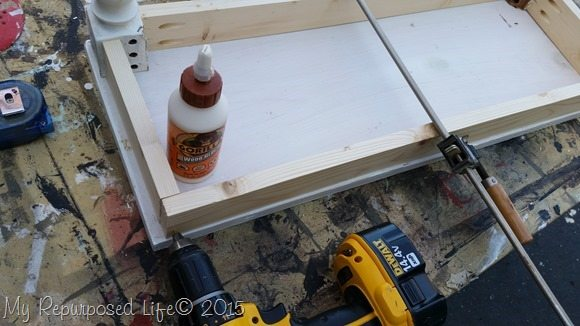 clamp-glue-small-bench-seat