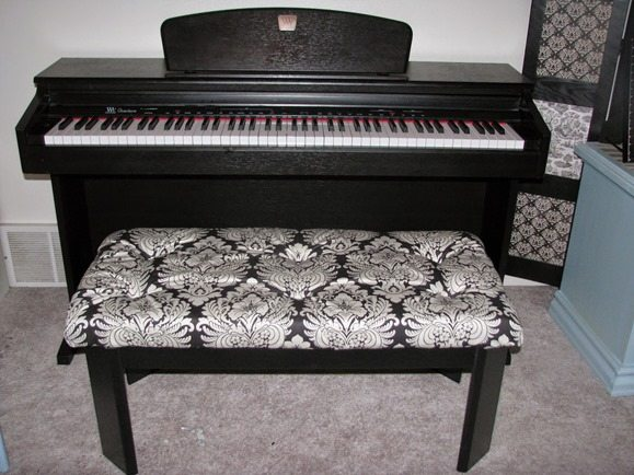 coffee-table-into-piano-bench