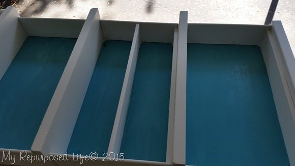 turquoise-white-diy-repurposed-drawer-bookcase