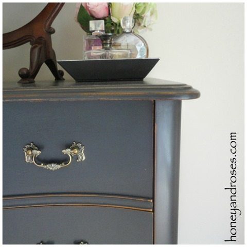 black-chest-of-drawers