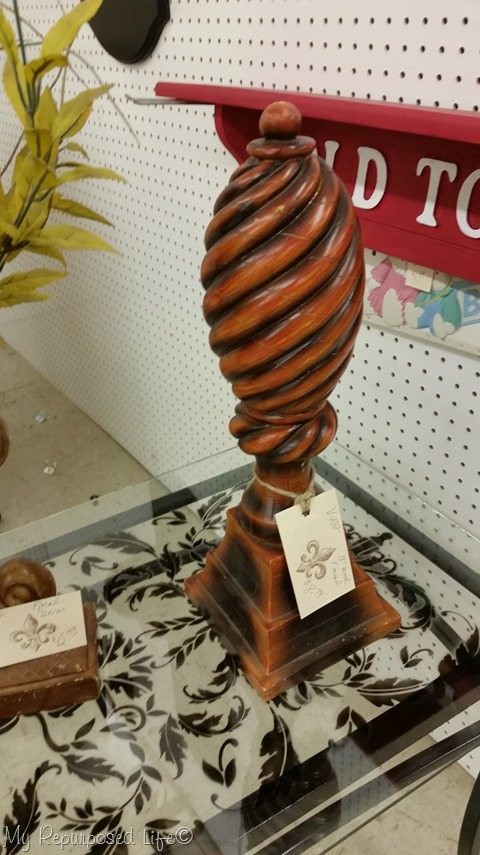 large-wooden-finial
