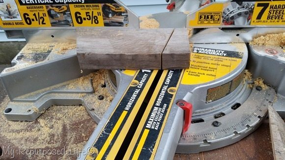 miter cut middle brace for easy step stool