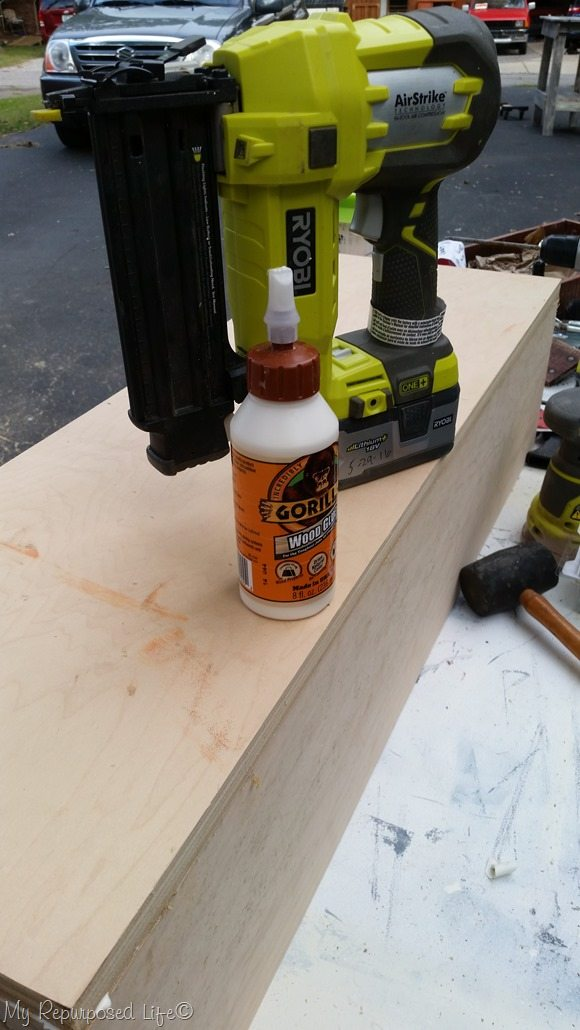 gorilla wood glue staple gun