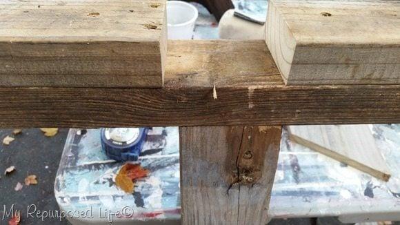 making pallet Christmas tree base