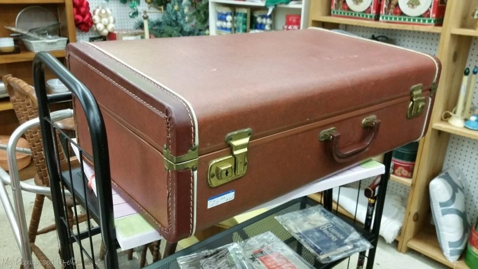 Reno Paint Mart >> How to Line a Suitcase | Vintage Suitcase Makeover - My ...