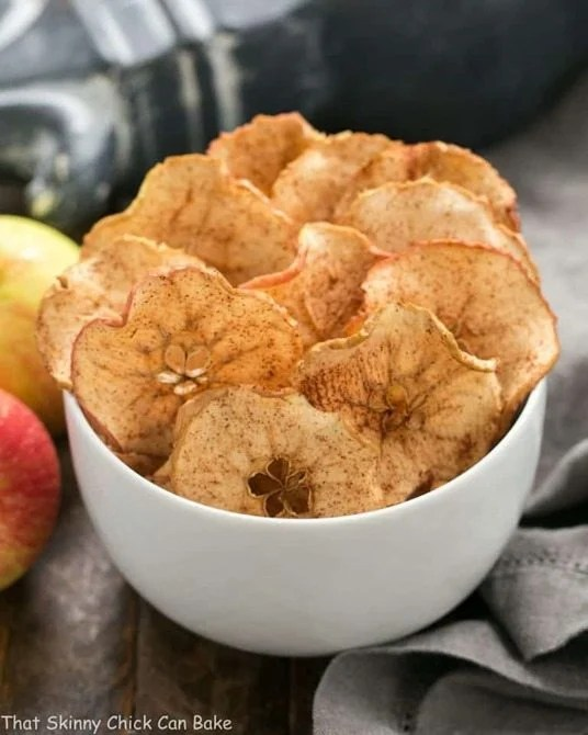 Cinnamon-Apple-Chips-768x960