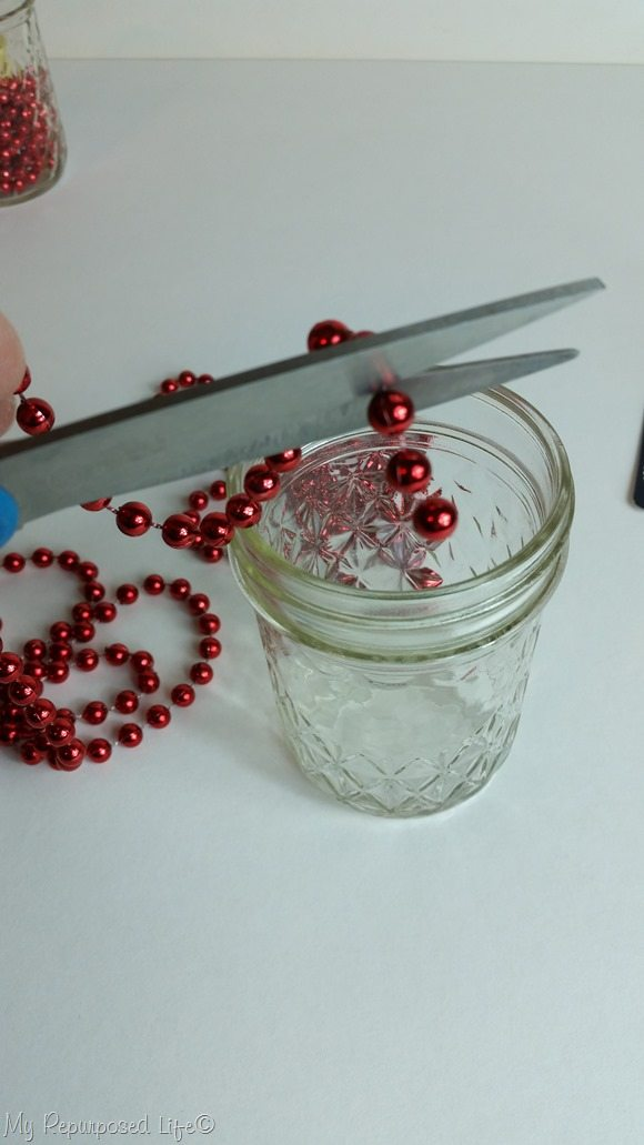 cut beaded necklace