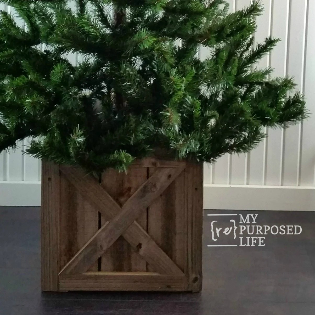 Christmas Tree Box Stand.Christmas Tree Stand Box Folds Flat For Storage My