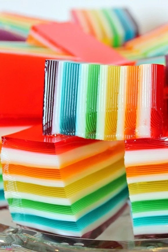 rainbow-jello-recipe-with-layers-and-instructions