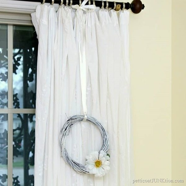 Make-A-White-Wreath-Dollar-Store-Crafts_thumb