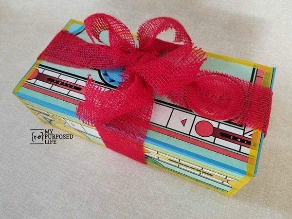 sorry game board gift box