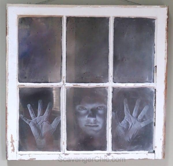 Halloween-Haunted-Spooky-Mirrored-Window-DIY-015