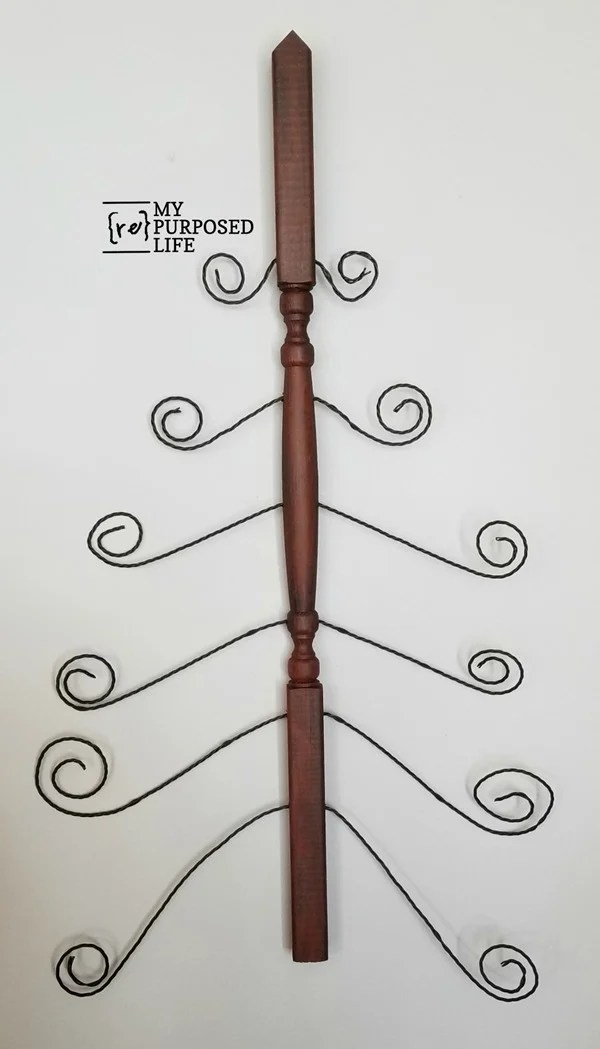christmas card holder made from a wooden spindle MyRepurposedLife