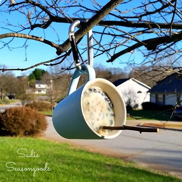 thrift store mug bird feeder