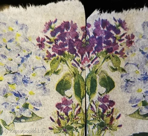 decorative hydrangea napkin follows a pattern