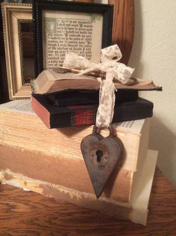 heart shaped padlock with fake rust