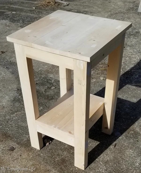 small simple table DIY