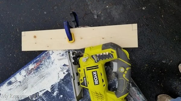 cut notches with jigsaw