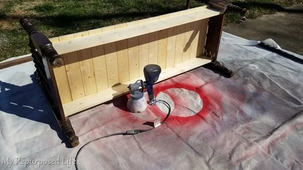 paint spool bed bench with paint sprayer