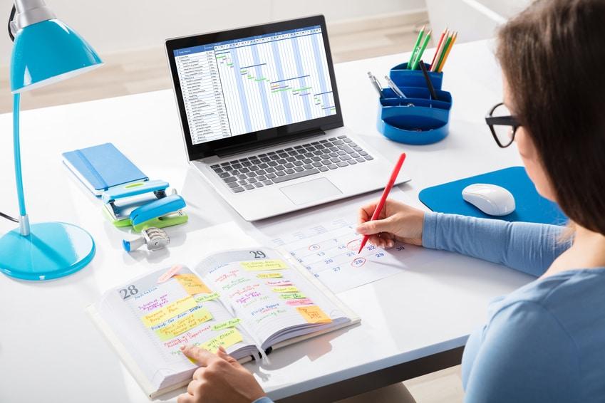 calendrier éditorial 2021 Excel pour planifier le travail ? - myrhline.com   Actualité RH et  tendances des Ressources Humaines