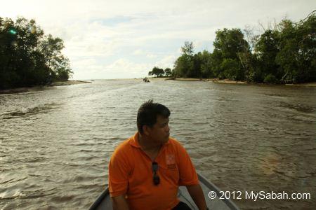 estuary of Bongawan River