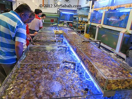 picking seafood