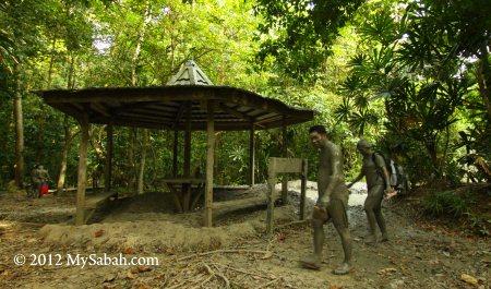 shelter of mud volcano