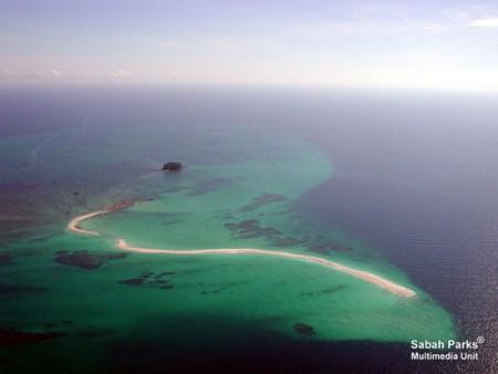 aerial view of Pulau Kalampunian Besar