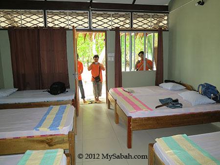 room of Sayang-Sayang Hostel (Mantanani Island)
