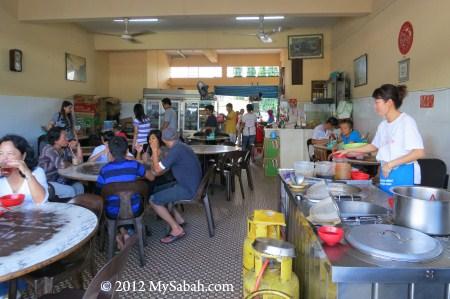 interior of Kedai Cheng Wah Restaurant