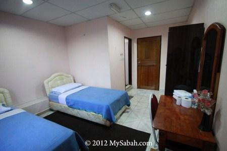 room of Mostyn Hotel