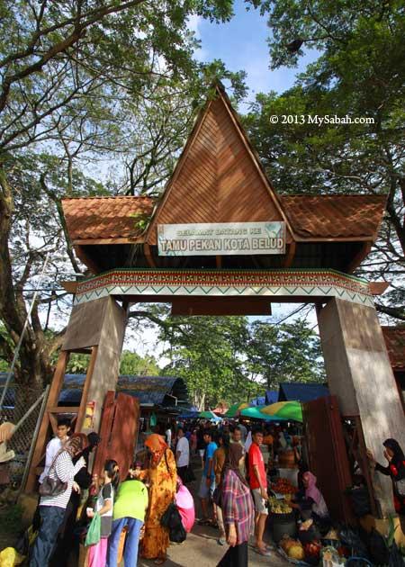entrance to Tamu Market of Kota Belud