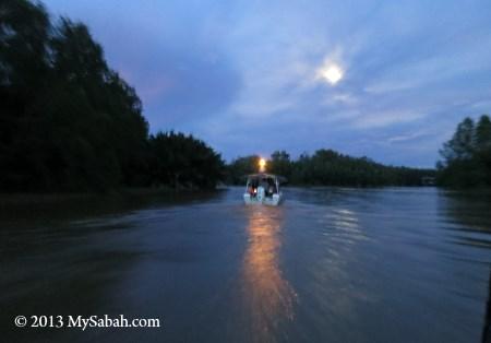 evening cruise at Weston