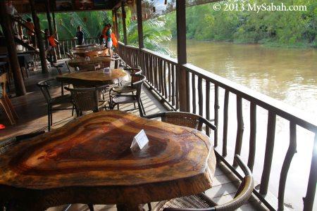 lodge at riverside