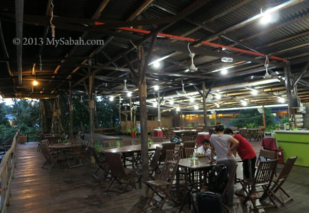 dining hall of Firefly Eco Camp