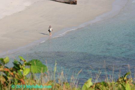 walking on Kalampunian Beach