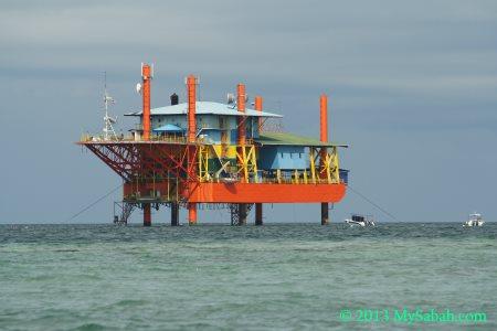 Seaventures Rig Dive Resort
