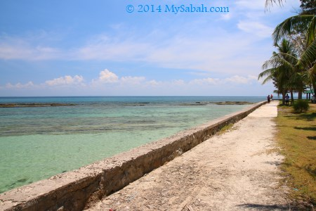 walkway of Bak-Bak Beach