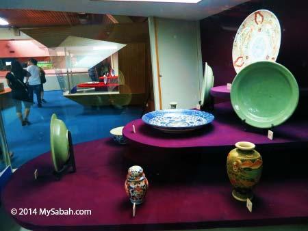 antique ceramic trade wares
