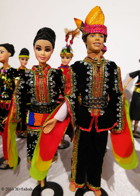 dolls of Dusun Tindal couple