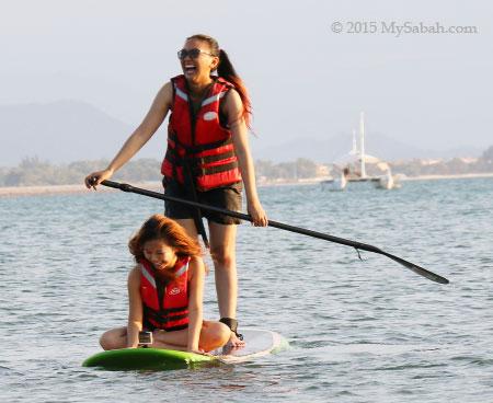 duo Standup paddleboarding