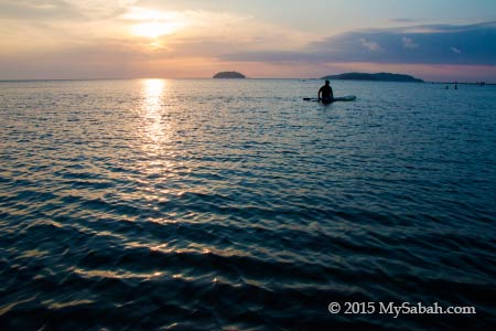 sunset in Tanjung Aru Beach