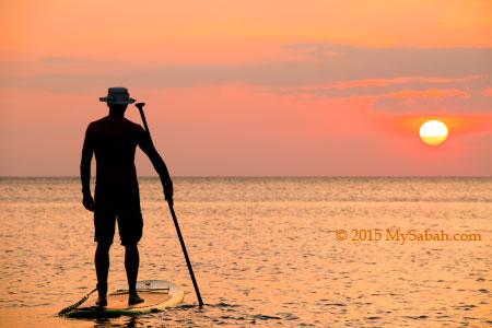 watching sunset of Tanjung Aru Beach