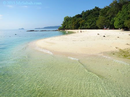 beach of Sapi Island