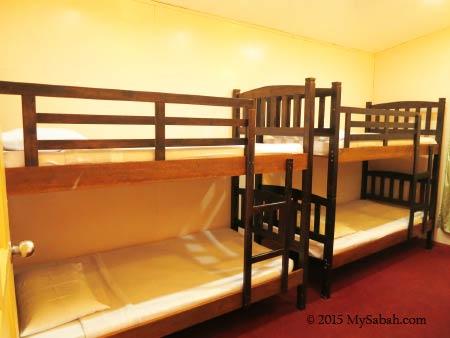 bunk beds of Tahubang Lodge