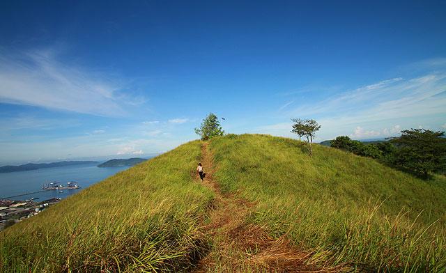 Gundul Hill