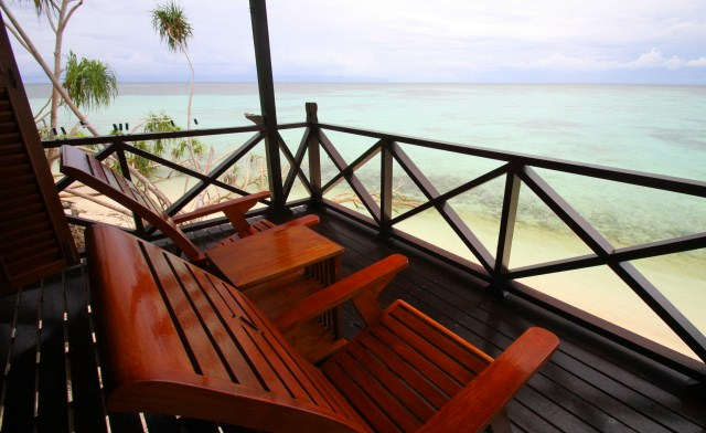 Lankayan Island, Living next to Turtles & Sharks