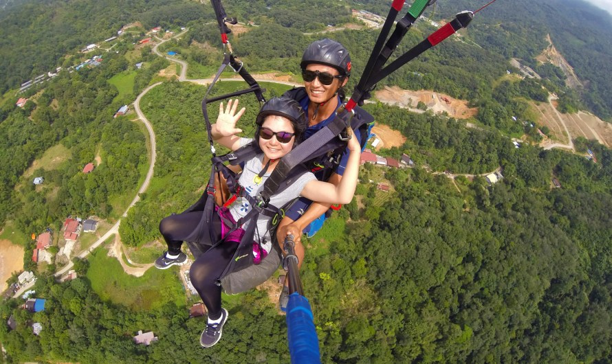 Paragliding at Kokol Hill (Kota Kinabalu City)