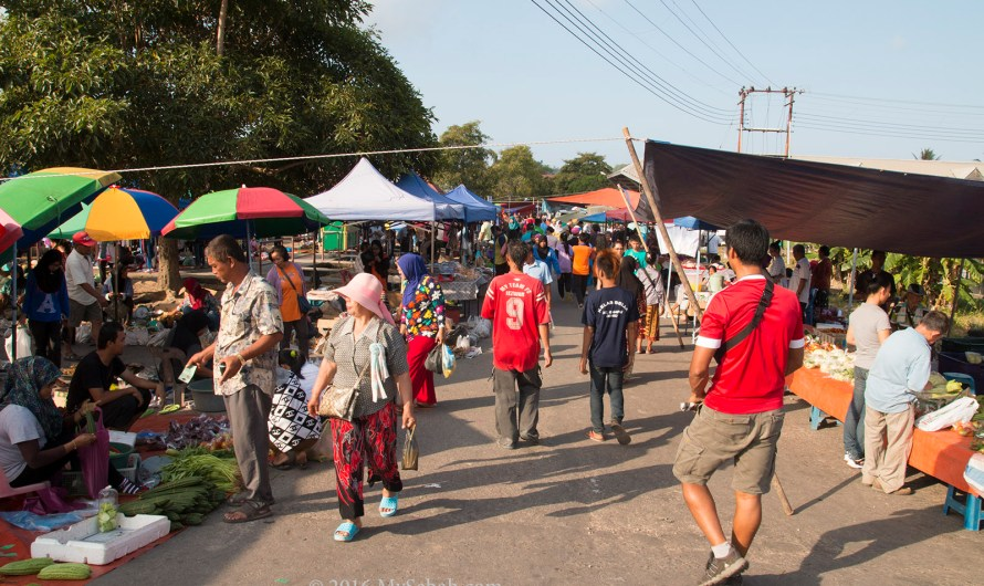 Tamu (Weekly Open-air Native Market) of Sikuati town